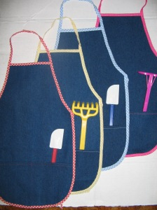 Aprons for the little helpers